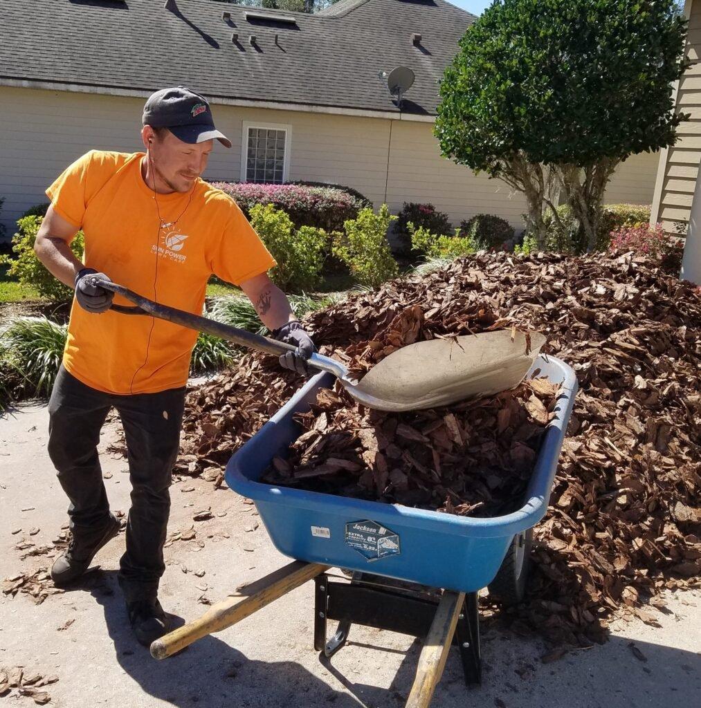 laying mulch gainesville fl